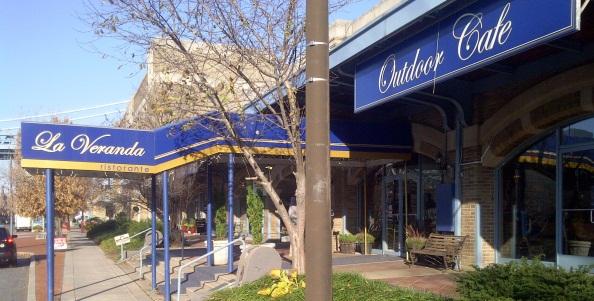 La Veranda Restaurant In Philadelphia At Penn S Landing